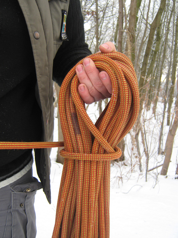 Seil aufnehmen über die Hand (Windungen legen)