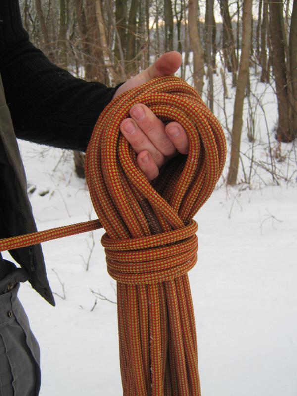 Seil aufnehmen über die Hand (Windungen legen - Fertig!)