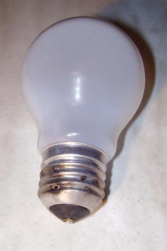 Lampendurchschlag