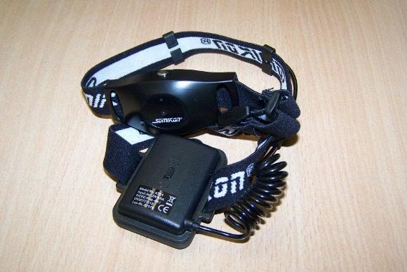 Helmkamera mit Stirnband und Batteriefach